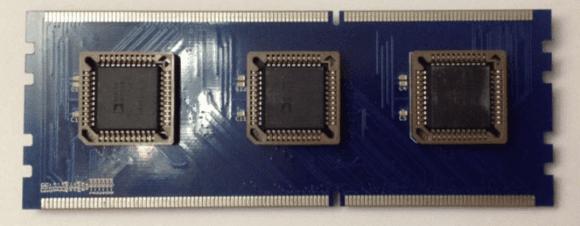 Eine Array-Steckkarte bietet eine 32x32-Patchmatrix.
