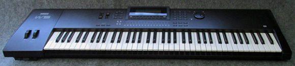 Yamaha W5