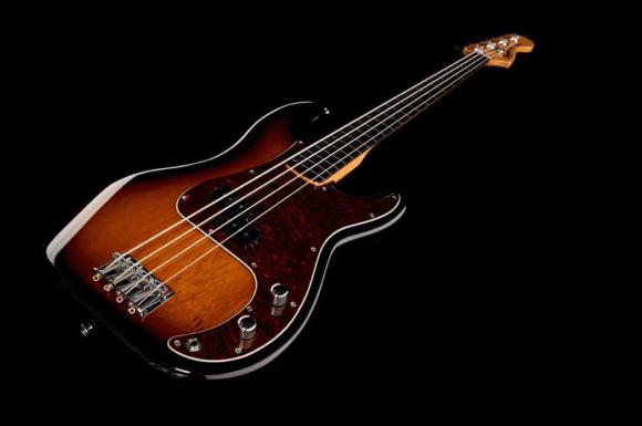 Auch den anderen Klassiker gibt es fretless : Fender SQ VM Precision Fretless