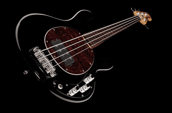 Auch fretless sehr beliebt: der Stingray, hier das Modell Sterling by Music Man Ray34 Classic Active Modern FL