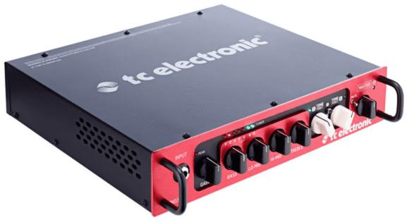 kklein, stark, rot: der TC Electronics BH 550